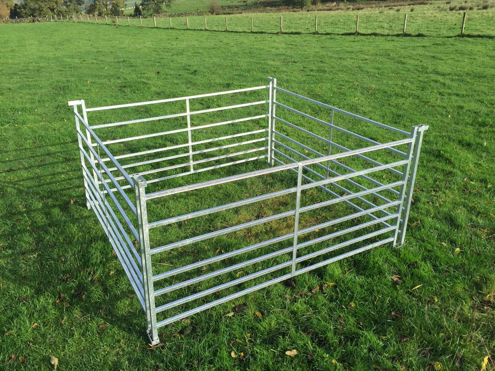 Sheep_hurdles_with_loops_original